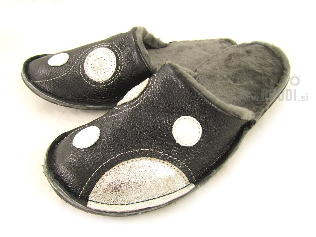 Natural Fur Slippers Mrasko Black with Circles