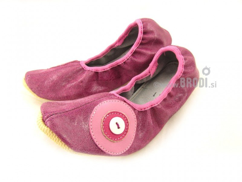 School Slippers with Circle